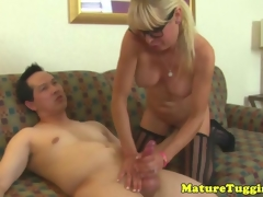 Mature milf to spex rubs cumshot give up bigtits